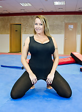 Shaved sides aggressive-looking MILF gets banged in the local gym